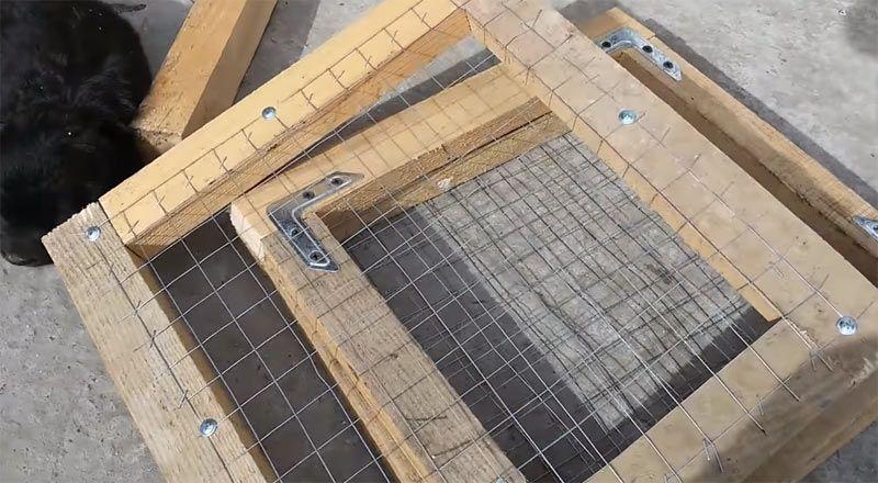 Дверцы с сеткой
