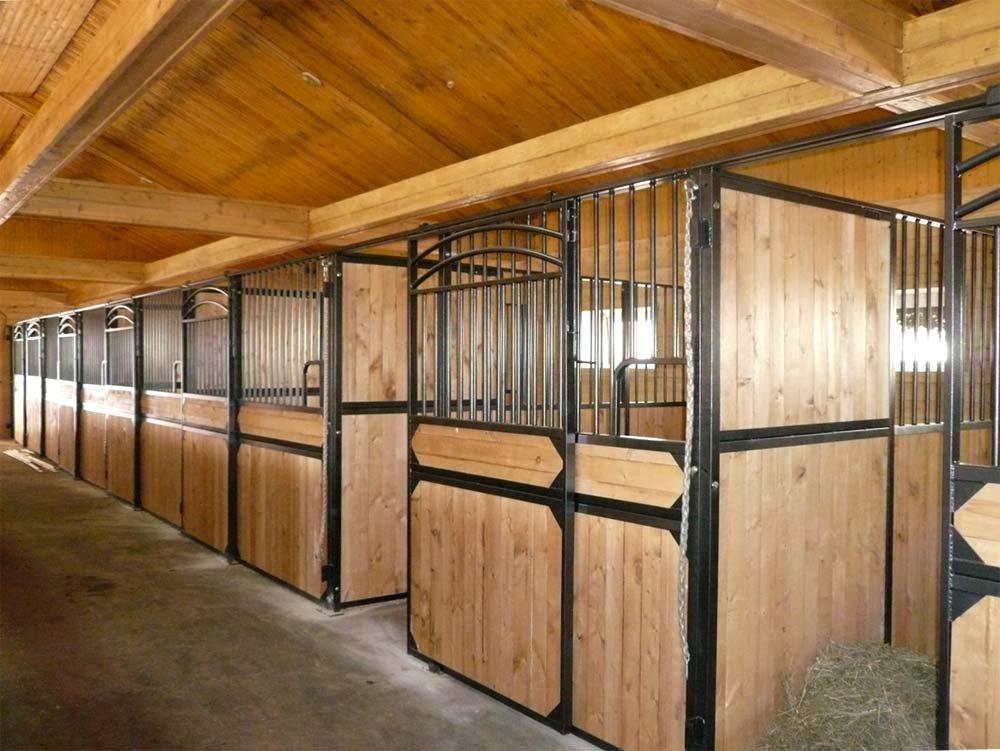 ✅ сооружение загона для лошади, а так же конюшни, денников и стойла - tehnomir32.ru